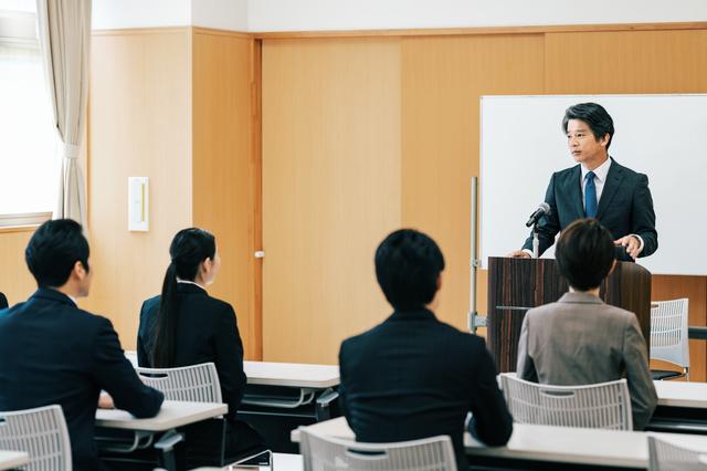 中小企業から大企業に転職するのは難しい?大企業から内定を貰える人の特徴とは?